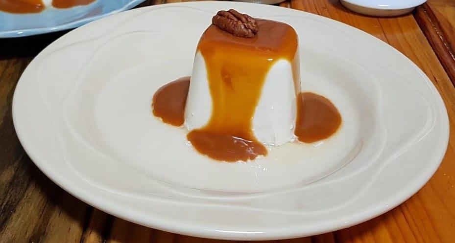 pana cotta au caramel beurre sale